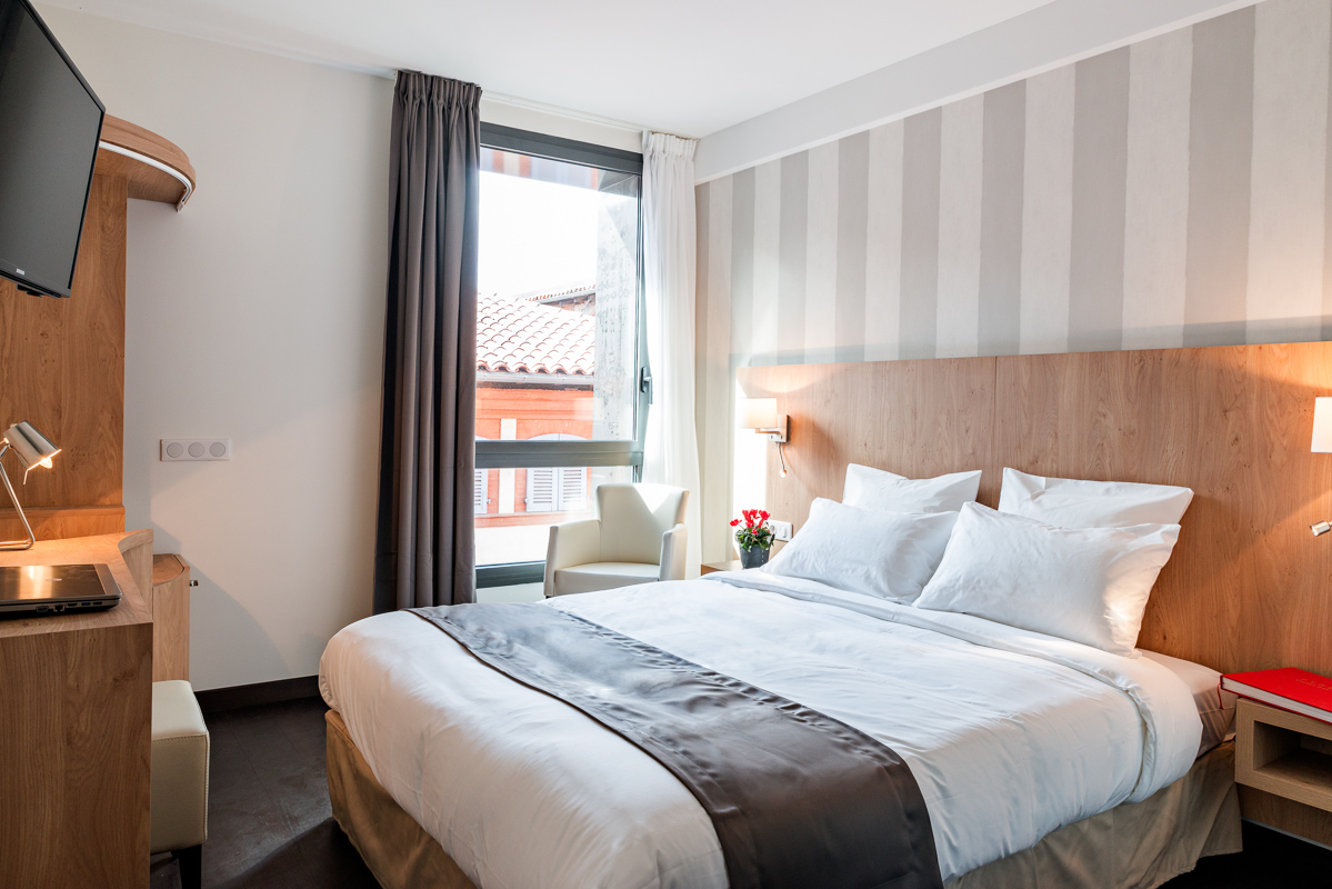 R server en ligne chambre h tel toulouse le p re l on hotel et restaurant - Chambre double standard ...