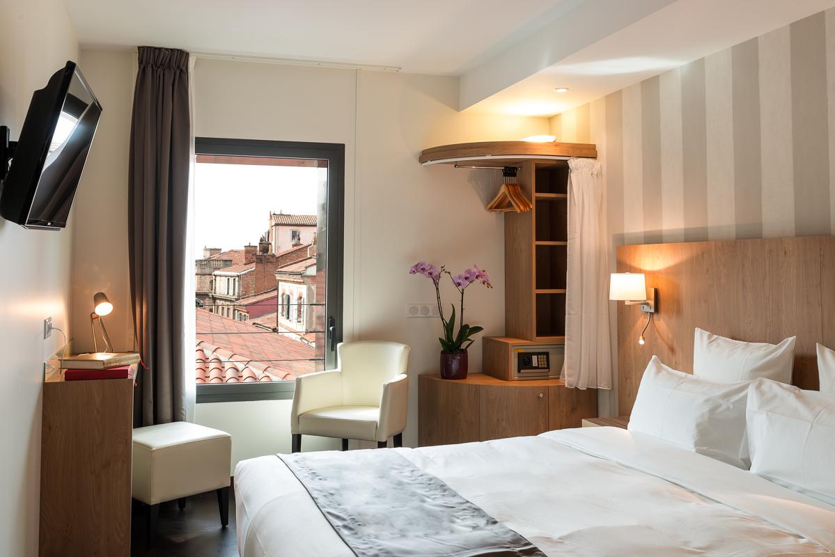 Réserver en ligne chambre hôtel Toulouse | Le Père Léon - Hotel et ...